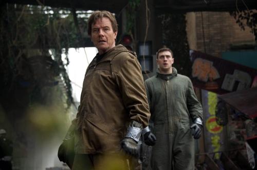 Godzilla 2014 Bryan Cranston Aaron Taylor-Johnson Joe Ford Brody